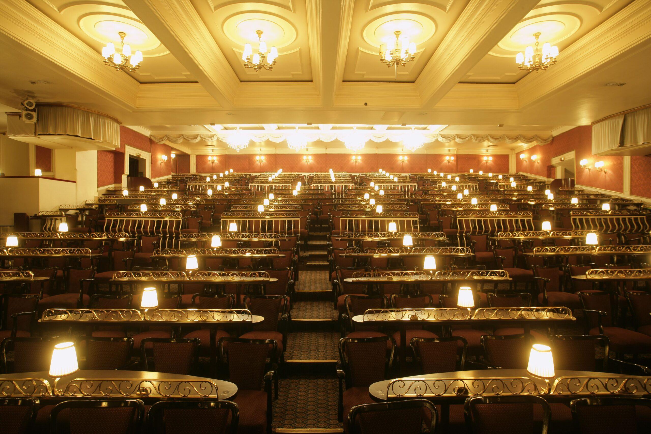 Hansa-Theater Saal, © Oliver Fantitisch / Abdruck bei Nennung des Fotografen honorarfrei